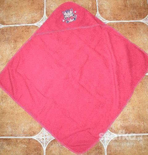 Ręczniczek kąpielowy czerwony