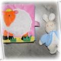 książeczka i grzechotka króliczek