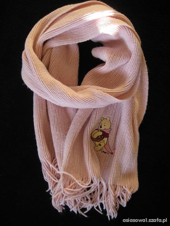 Różowy szalik Kubuś Puchatek