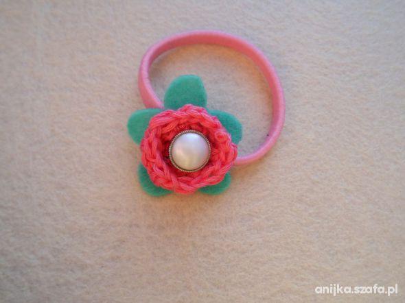 gumka do włosów kwiatuszek filc handmade