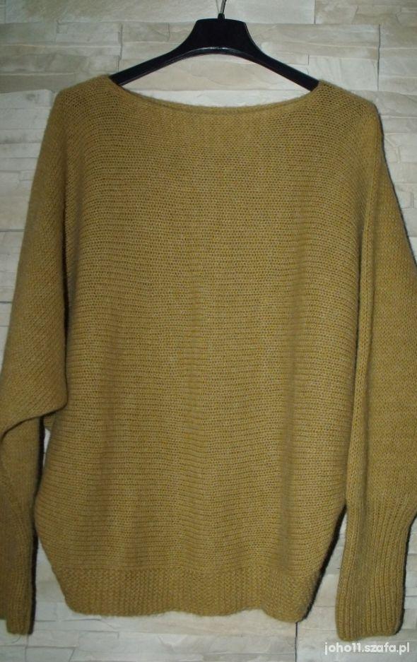 Nowy fajny sweterek