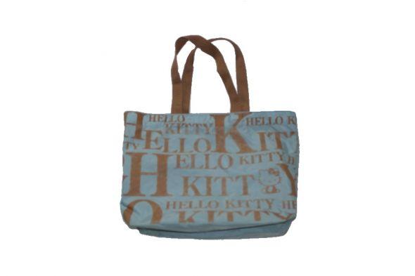 Torebka Hello Kitty z kieszonkami wewnętrznymi