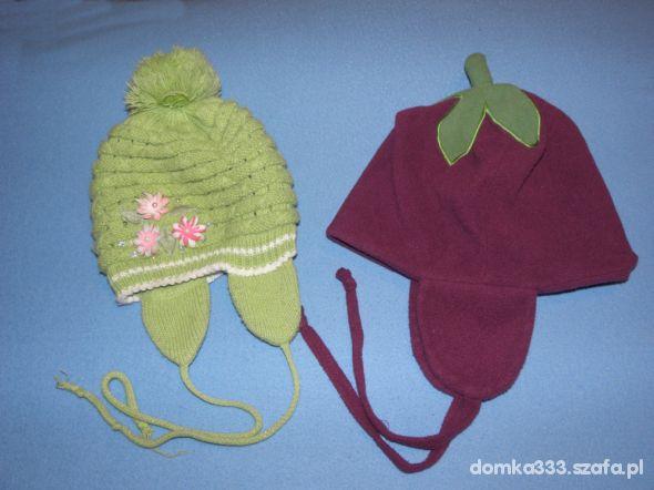 2 czapki na 34 lata
