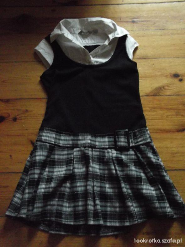 a373c8eb2d Sukienka rozmiar 134 w Sukienki i spódniczki - Szafa.pl