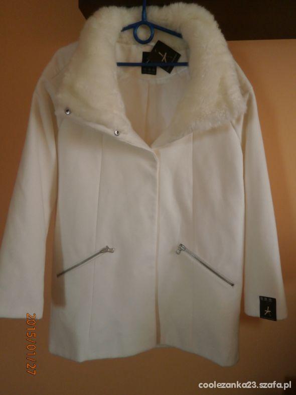 Wygodny płaszcz oversize