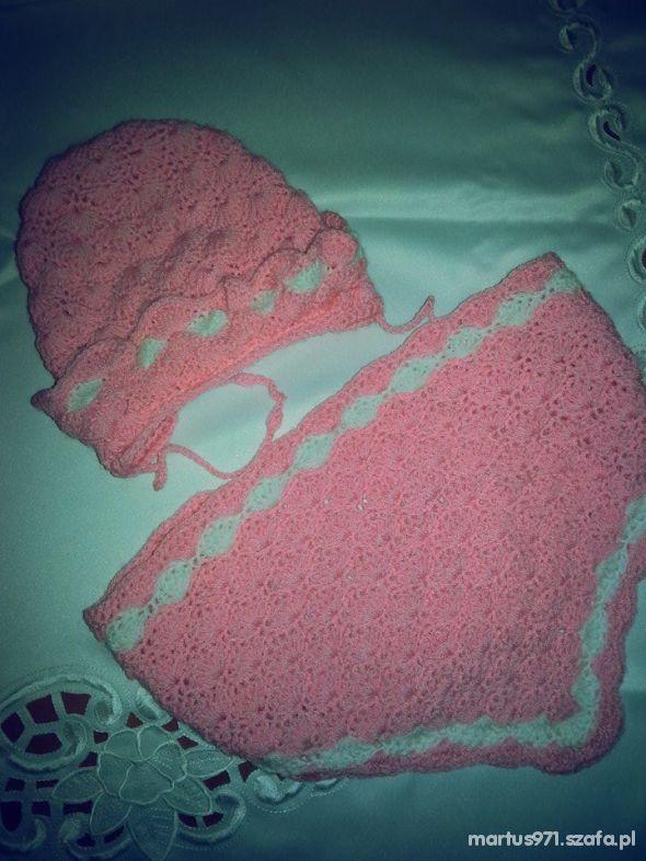 komplet ręcznie robiony czapeczka chusta róż biel