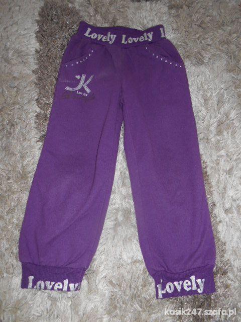 spodnie dresowe rozm 104