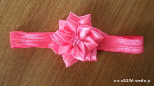 Opaska z rózowym kwiatem i perełkami tylko 9 zł