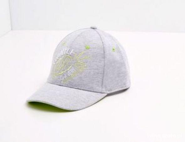 czapka z daszkiem reserved