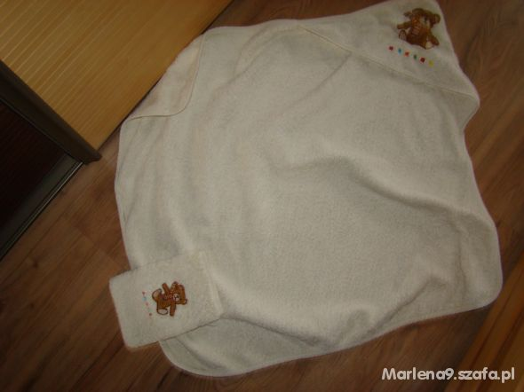 Gruby ręcznik i myjka