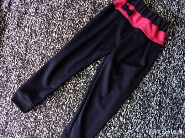116 NOWE spodnie dziecięce z kokardką