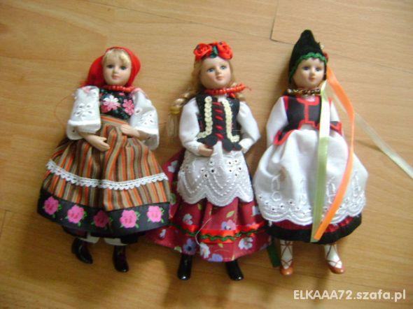 3 lalki w strojach ludowych