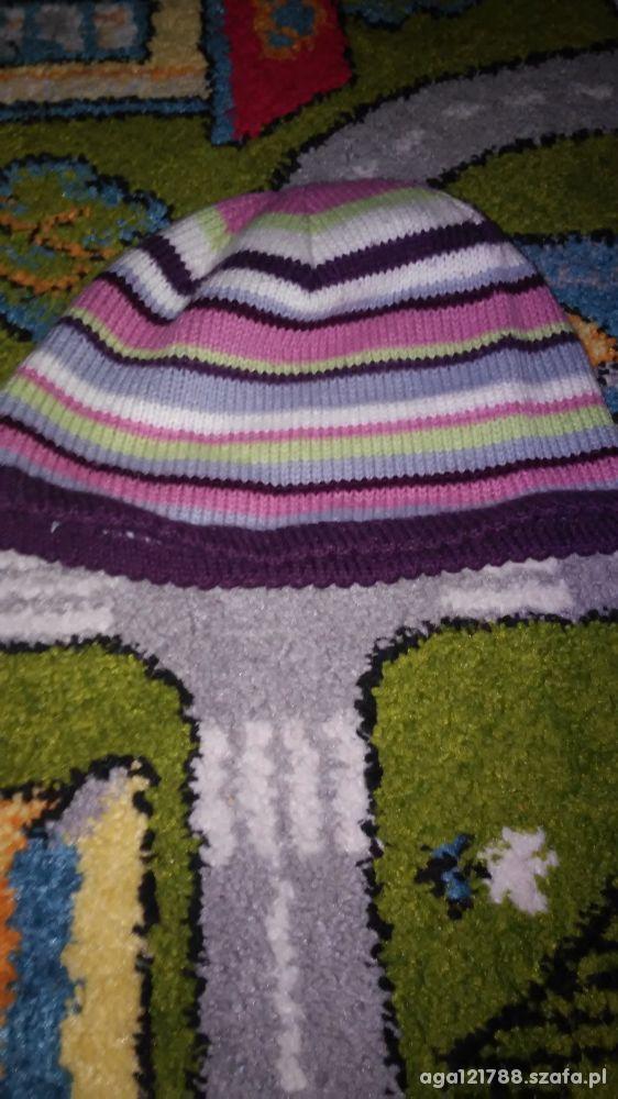 Kolorowa czapeczka