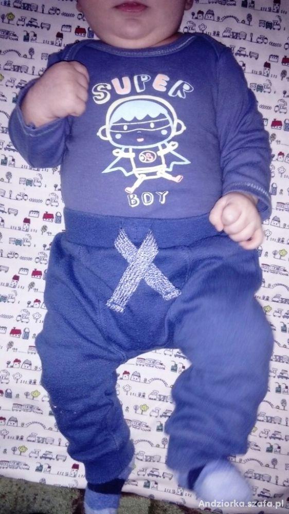 Body plus spodnie 68