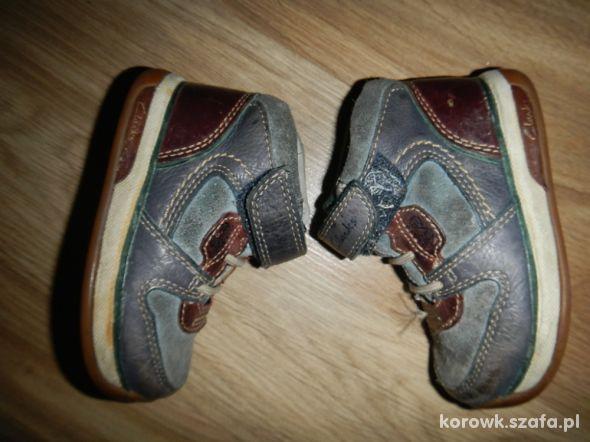 CLARKS skorzane buciki 21 wysokie za kostke