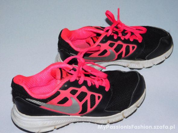 NIKE Running buty sportowe 30