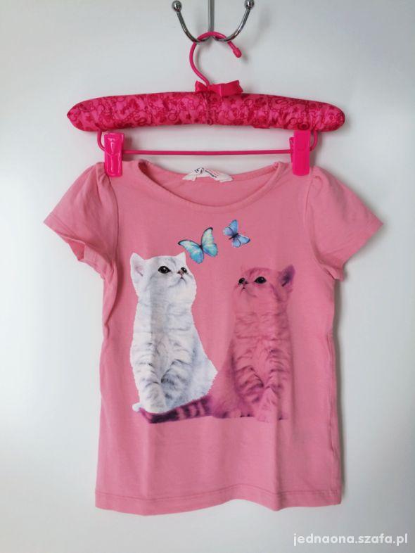 rozowy tshirt w kotki 110 116