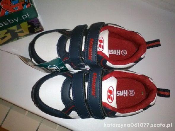 sportowe 28 18 cm biało czerwono granatowe buty