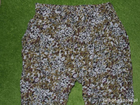 Next Super modne i wygodne spodnie pumpy na lato