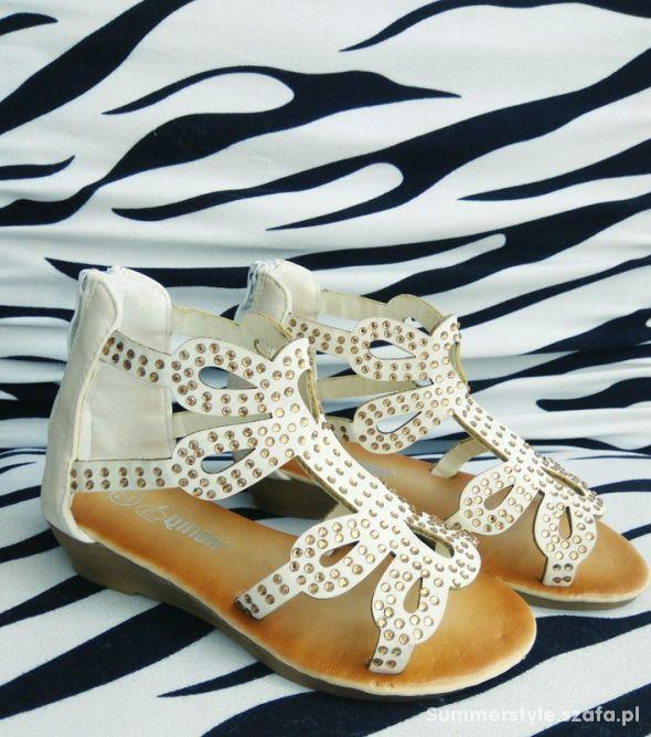 sandalki 24