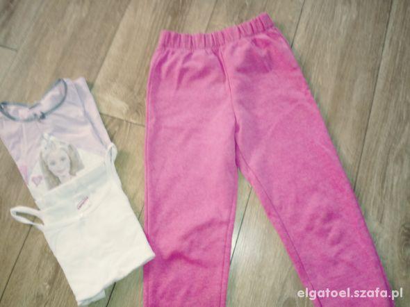 rózowe dresy