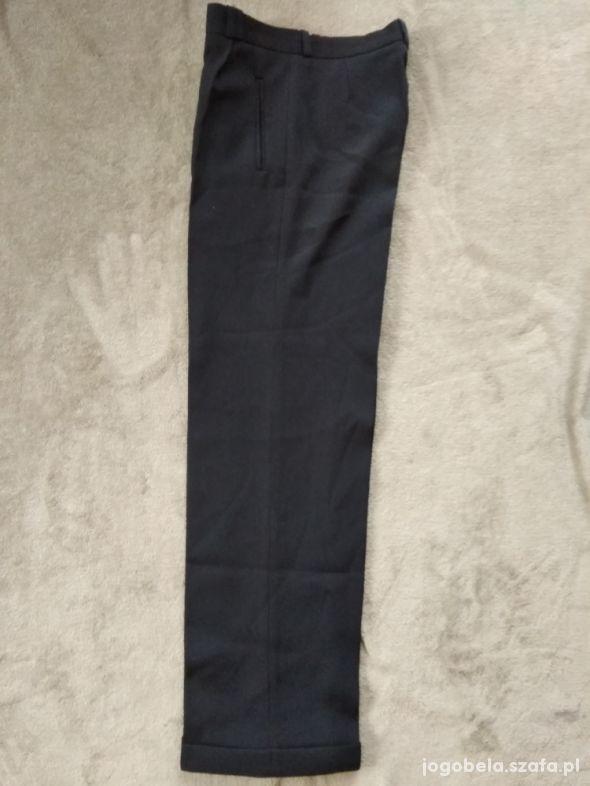 Spodnie na kant do garnituru 158