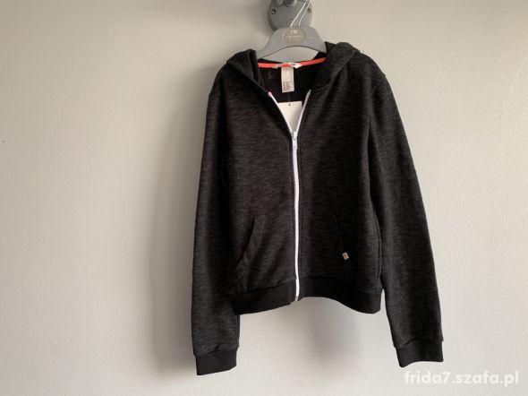 nowa mięciutka bluza H&M 134 140