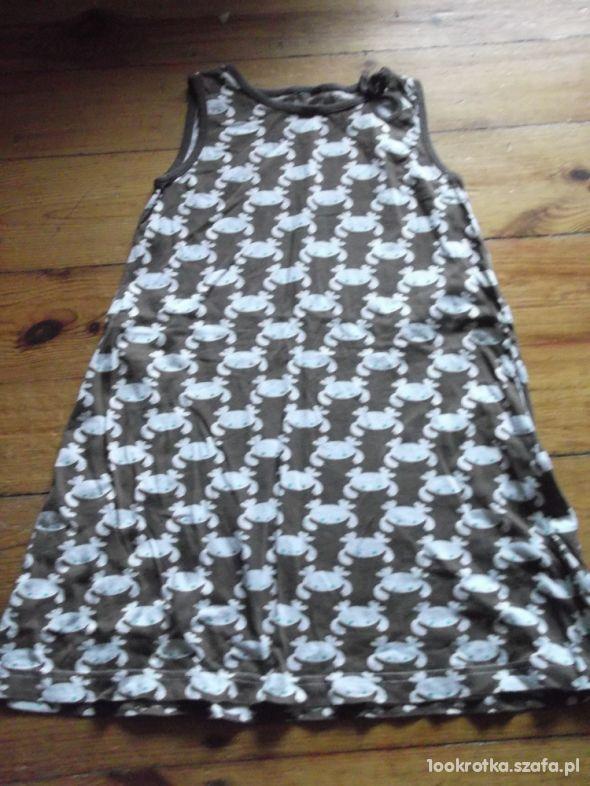 Trapezowa sukienka rozmiar 134