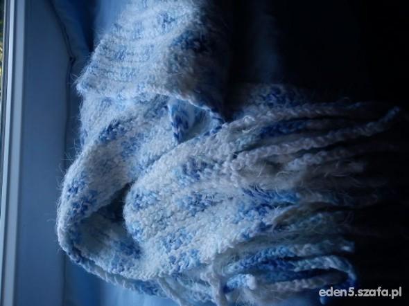 długi szalik