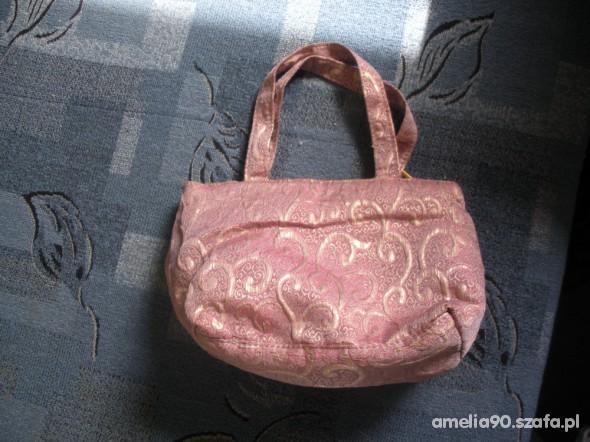 jasno różowa torebka