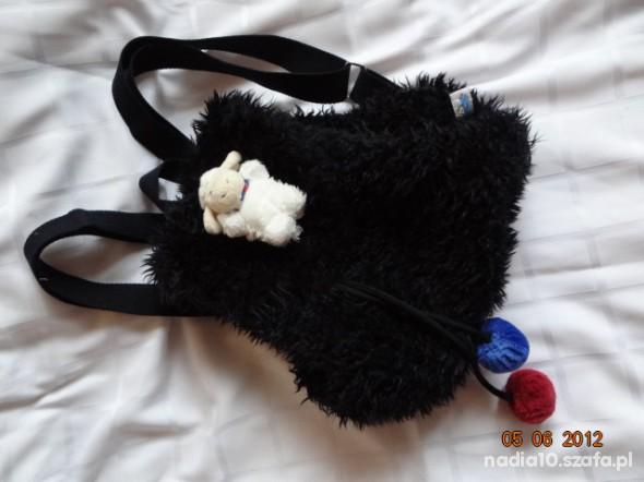 plecaczek owieczka z owieczką na klapie NICCI