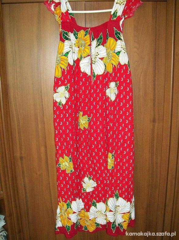 Czerwona sukienka w kwiaty roz 44 48