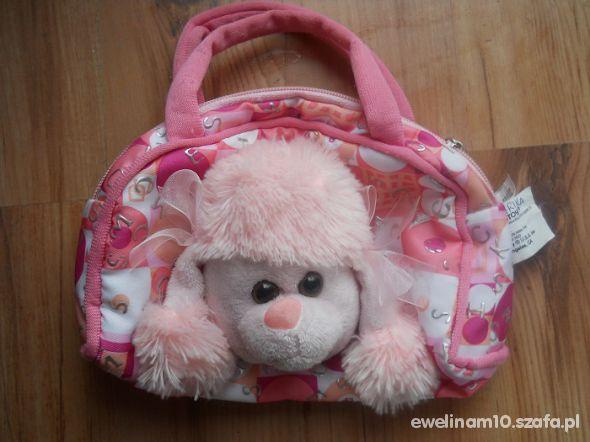 Różowa torebka do ręki