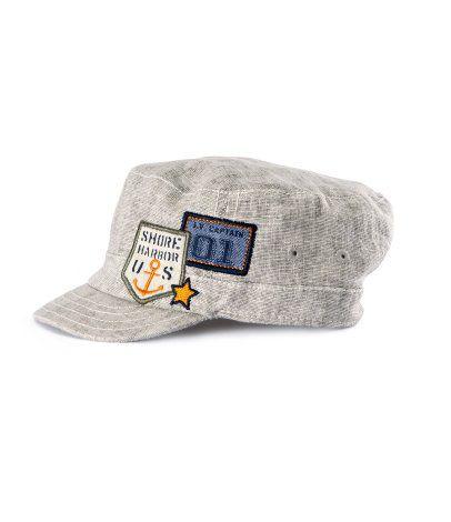 Nowa czapka z daszkiem HM 68 tanio