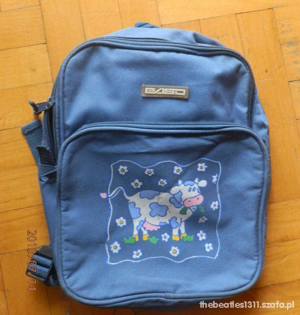 niebieski plecaczek z motywem w krówki