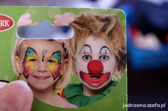 kredki do malowania twarzy