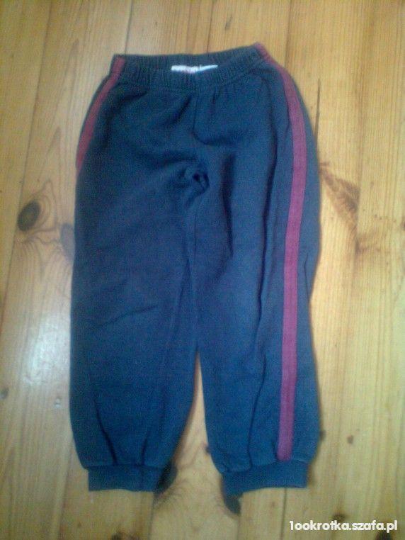 Spodnie dresowe rozmiar 116