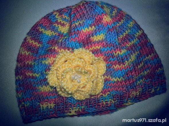 czapeczka ręcznie robiona nowa