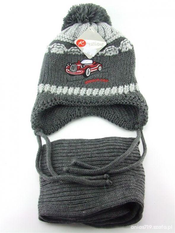 Nowa czapka z szalem szarości od 3 do 5 lat