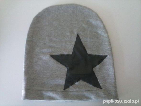 czapka z gwiazda nowa