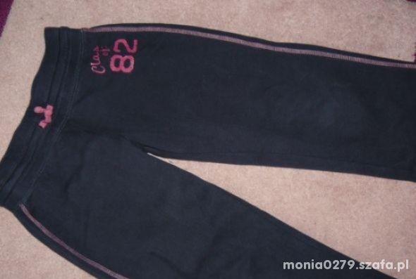 Spodnie dresowe Next 122 128