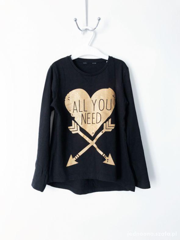 Czarny tshirt zlote serce 128