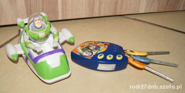 Zestaw Toy Story Buzz Astral figurka kluczyki