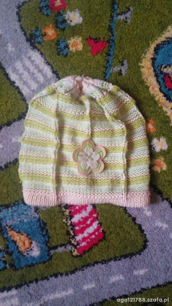 Zielona czapeczka