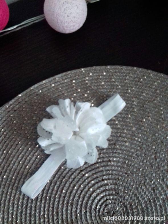 kwiat opaska chrzest