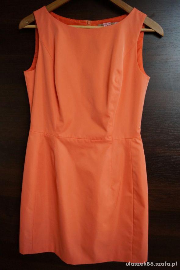 elegancka sukienka 40 L