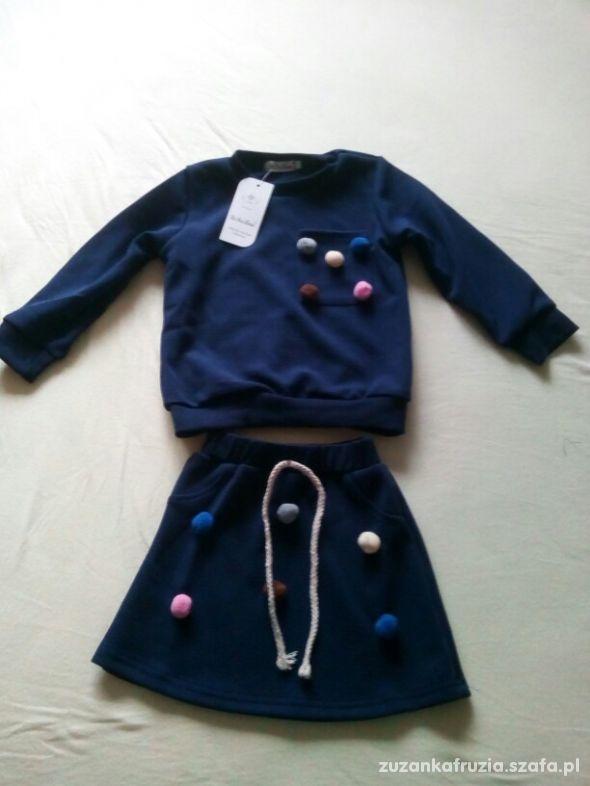 komplet bluza spódnica