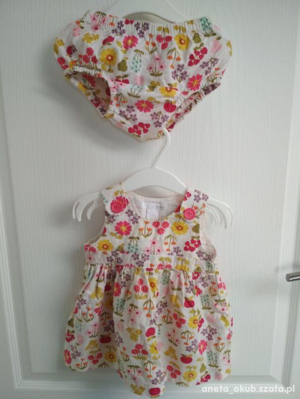 Letnia sukienka z majteczkami