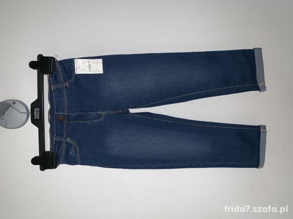 nowe jeansy Kiabi 132 137 cm