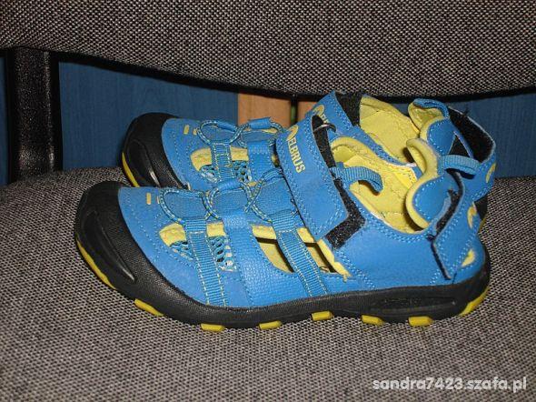Elbrus sandałki chłopięce rozm 29 jak nowe